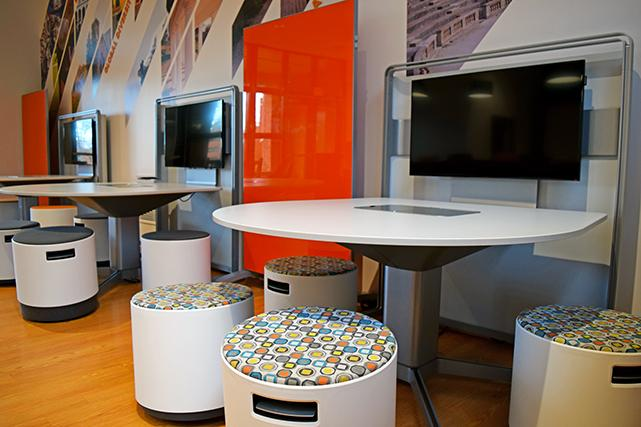 Gooch study lounge collaboration tables