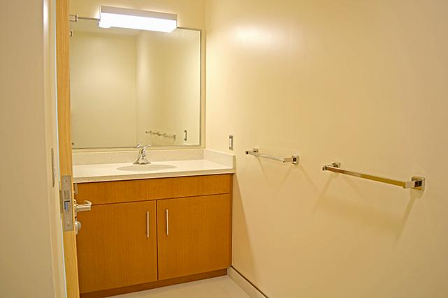 Bond bathroom vanity