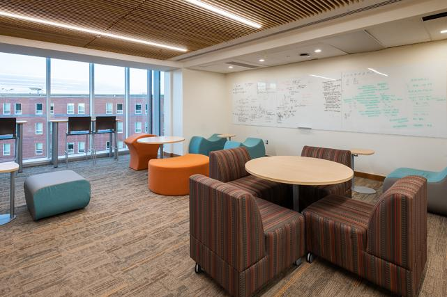 Lounges in Bond feature ample seating and whiteboard space