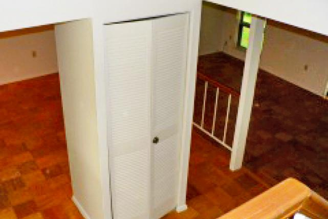 A hall closet is located in the foyer