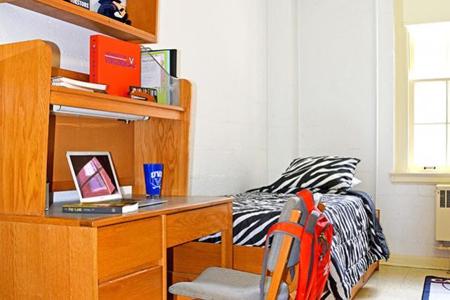 Traditional room desk and bookshelves