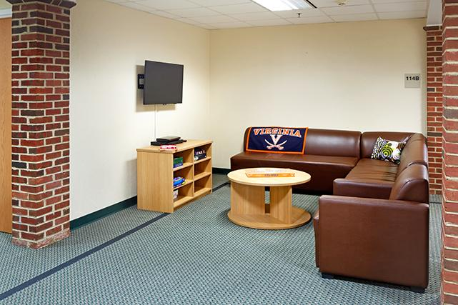 Common area lounge