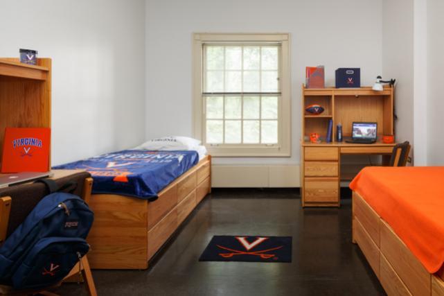 Munford/Gwathmey Double Room
