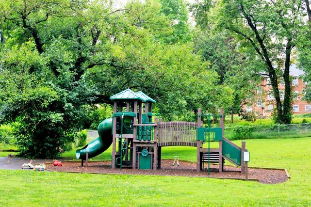 University Gardens playground
